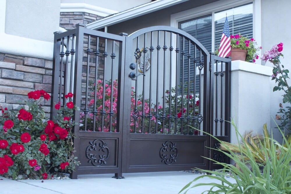 Garden Gates ...